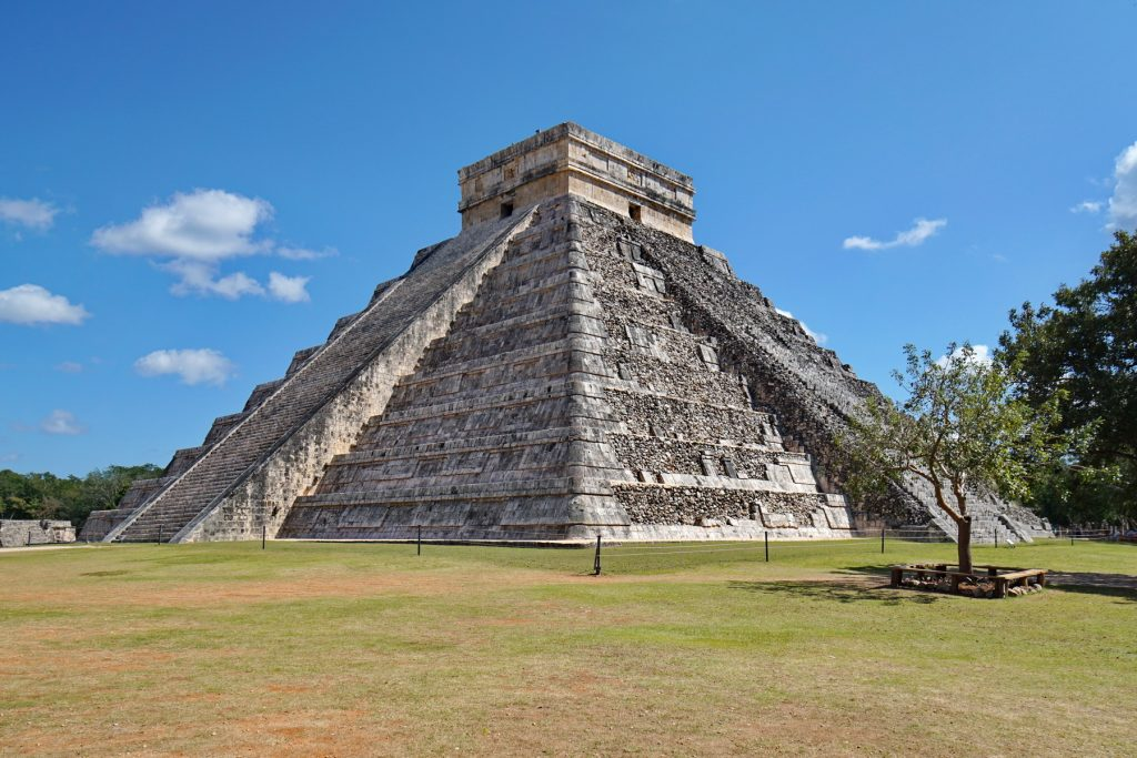 Piramida Kukulcan (El Castillo)