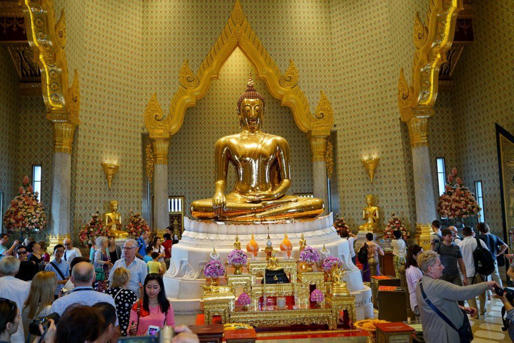 Posąg Złotego Buddy